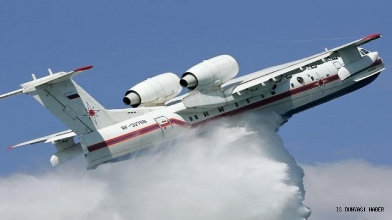 Rusya, Türkiye'nin talebi üzerine yangınlarla mücadele etmek üzere 11 araçtan oluşan birleşik uçak grubu yollayacak